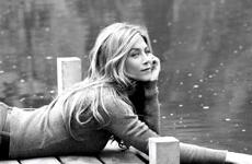 Jennifer Aniston en la nueva promo de Smartwater
