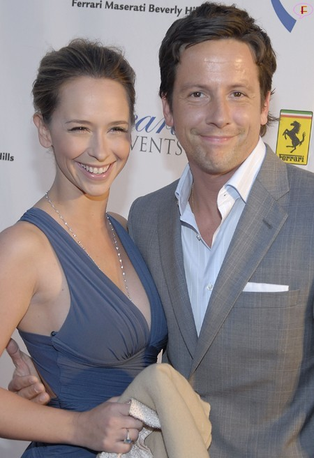 jennifer_love_hewitt_american_cancer_societys_evening_of_hope_03.jpg