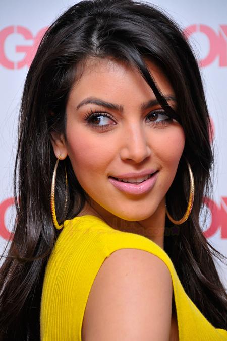 kim-kardashian-launches-new-bongo-jeans-collection-in-la-05.jpg