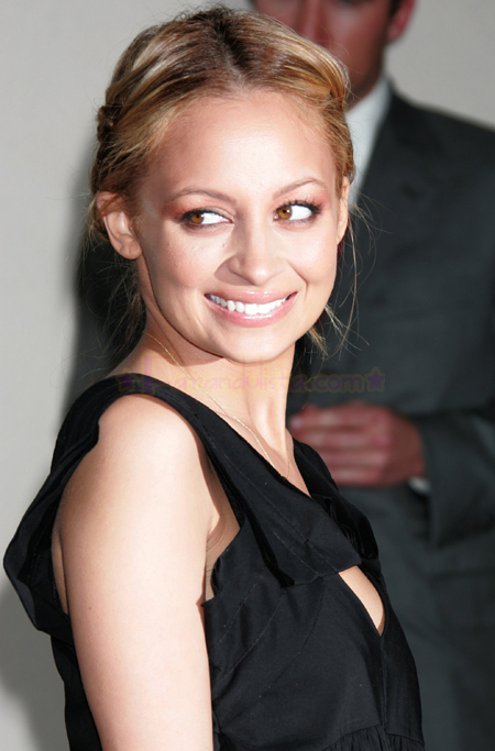 nicole-richie-hollywood-01.jpg