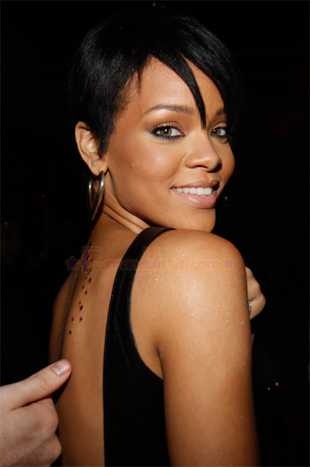 rihannas-new-tattoo-01.jpg