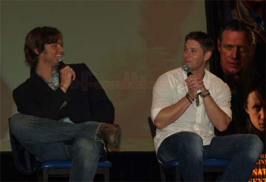 supernatural-la-convention-jared-padalecki-jensen-ackles-04.jpg