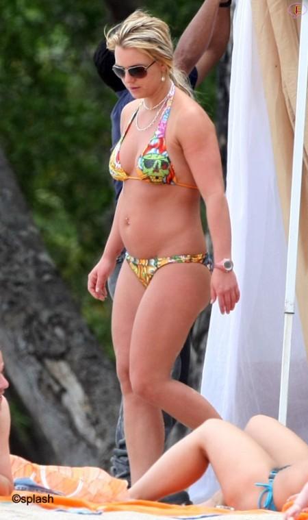britney-cr-bikini-bod.jpg
