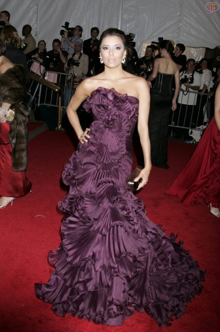 eva_longoria-metropolitan_museum_of_art_costume_institute_gala-01.jpg