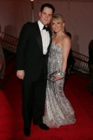 hilary_duff_and_fergie-metropolitan_museum_of_art_costume_institute_gala_departures-3.jpg
