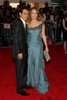 jennifer_lopez-metropolitan_museum_of_art_costume_institute_gala_arrivals-04.jpg