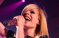 Avril Lavigne obtiene su primer protagonico en Cine