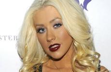 Christina Aguilera defiende sus salidas de noche