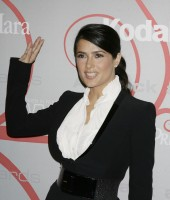 salma_hayek-women_in_film14s_2008_crystal_lucy_awards-03.jpg