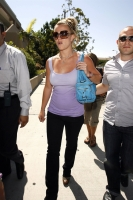 britney spears shopping at victorias secret in los angeles 01.thumbnail