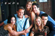 Friends a la gran pantalla!! – Midweek Gossip Bites & Links!
