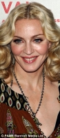 WTF? Madonna parece extraterrestre!!