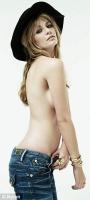 Mischa Barton topless para Nylon magazine