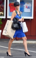 Paris Hilton necesita un estilista