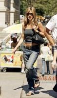 Jennifer Aniston en Elle magazine [Francia]