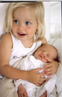 Conozcan a Vivienne y Knox: Los gemelos de Ange y Brad