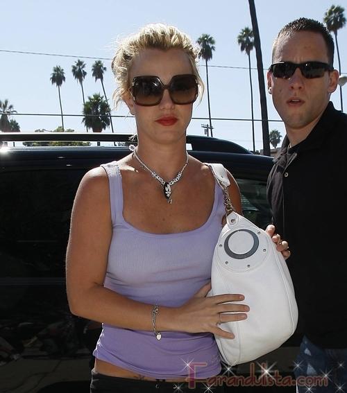 Britney no se presentara en los VMAs 2008