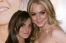 Lindsay ataca rumores de que Ali se aumento los senos
