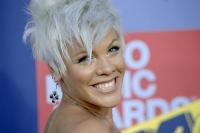 Pink en los MTV VMAs 2008 - FIERCE!!