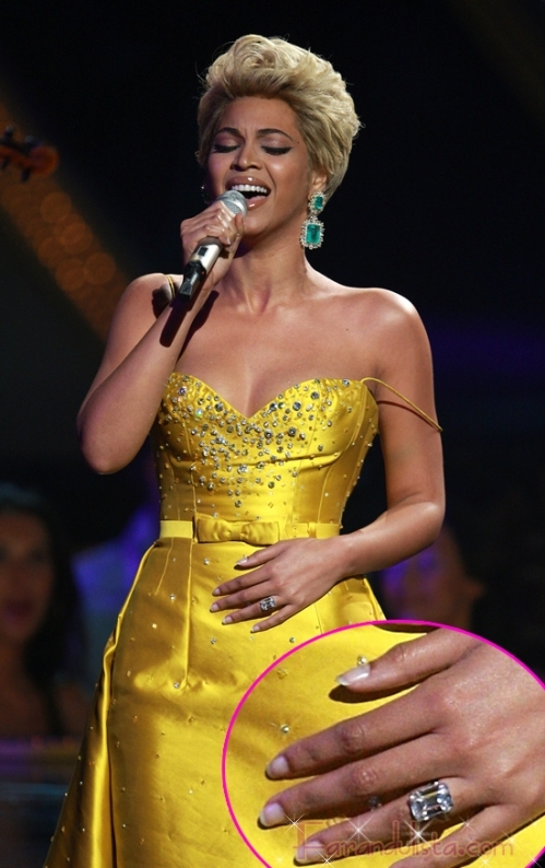 Beyonce y su anillo de compromiso de millones - Links!