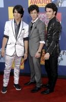 Los Jonas Brothers reaccionan a los comentarios de Brand