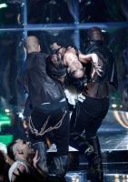 Rihanna 'perturbadora' en los MTV VMAs 2008