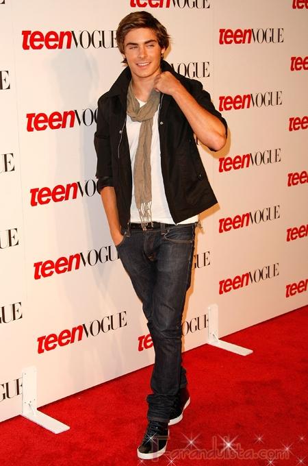 Vanessa Hudgens y Zac Efron en la fiesta de Teen Vogue