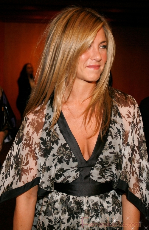 Jennifer Aniston no toma muy en serio a John Mayer