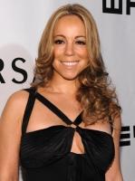 Mariah Carey fue al museo medio dormida