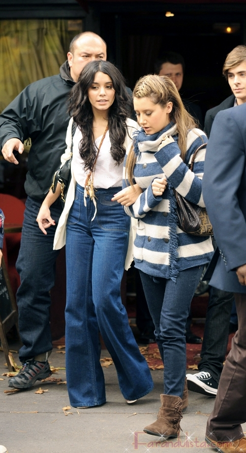 Vanessa Hudgens y Ashley Tisdale en Paris