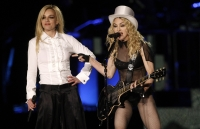 Britney Spears canto con Madonna en su Tour Sticky and Sweet