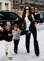 Angelina habla sobre sus embarazos y de Mad y Zee