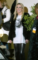 Britney en Glamour Magazine - X factor -Star Academy