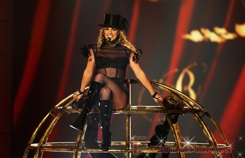 britney spears bambi awards 2008 show 08 122 37lo