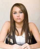 Miley Cyrus fue victima de un hacker HOAX que la mato