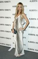 Nicole Richie en el opening de la tienda Alberta Ferretti