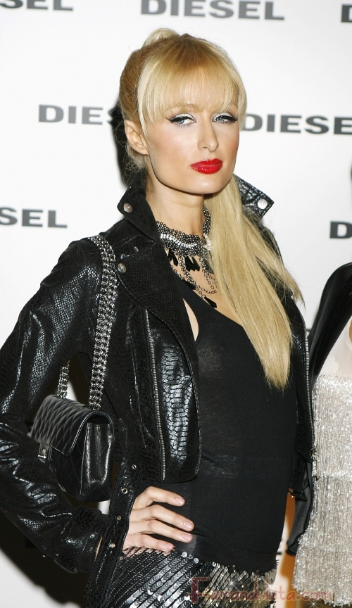Paris Hilton esta orgullosa de ser toda natural - Links
