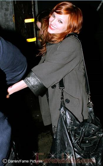 Ashlee Simpson sale una noche con Pete al Troubadour
