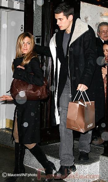 John Mayer odia a los perritos de Jennifer Aniston