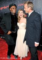 Subastan tissue con mocos de Scarlett Johansson