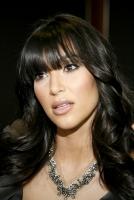 OMG!! WHY? Kim Kardashian estrena nuevo look