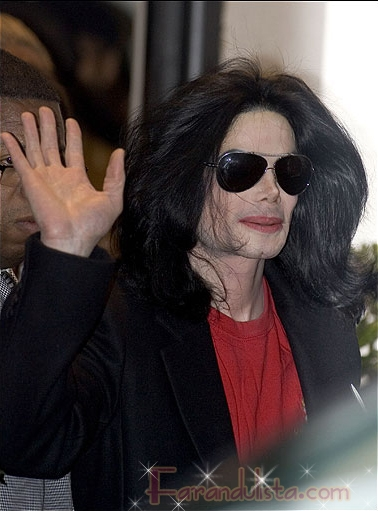 El reporte sobre Michael Jackson con problemas de salud es falso