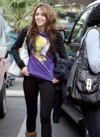 Tal vez Miley Cyrus se vea asi dentro de algun tiempo