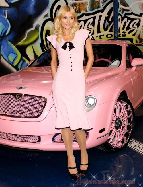 Roban la casa de Paris Hilton y se llevan 2 millones en joyas
