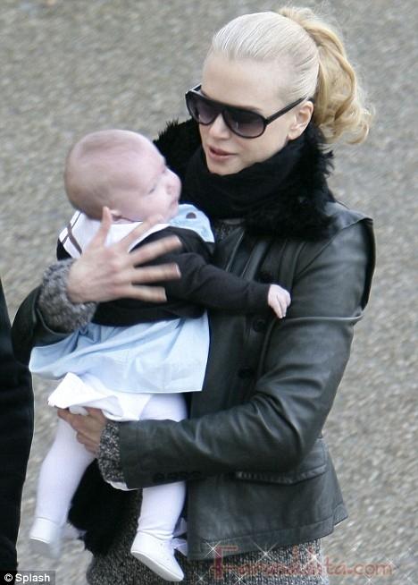 Nicole Kidman, Keith Urban y Sunday Rose en Paris