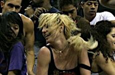 Britney ensayando para su nuevo Tour