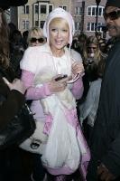 Paris Hilton dice tener mucho en comun con Angelina
