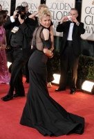Gosh Fashion Police! Renee Zellweger en los Golden Globe 2009