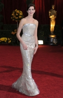 Anne Hathaway deslumbrante en los Oscar 2009