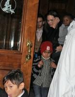 Brad y Ange llevan a sus hijos a ver La Sirenita
